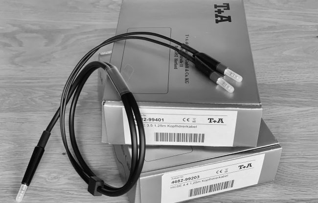 T+A Kabelsatz kurz